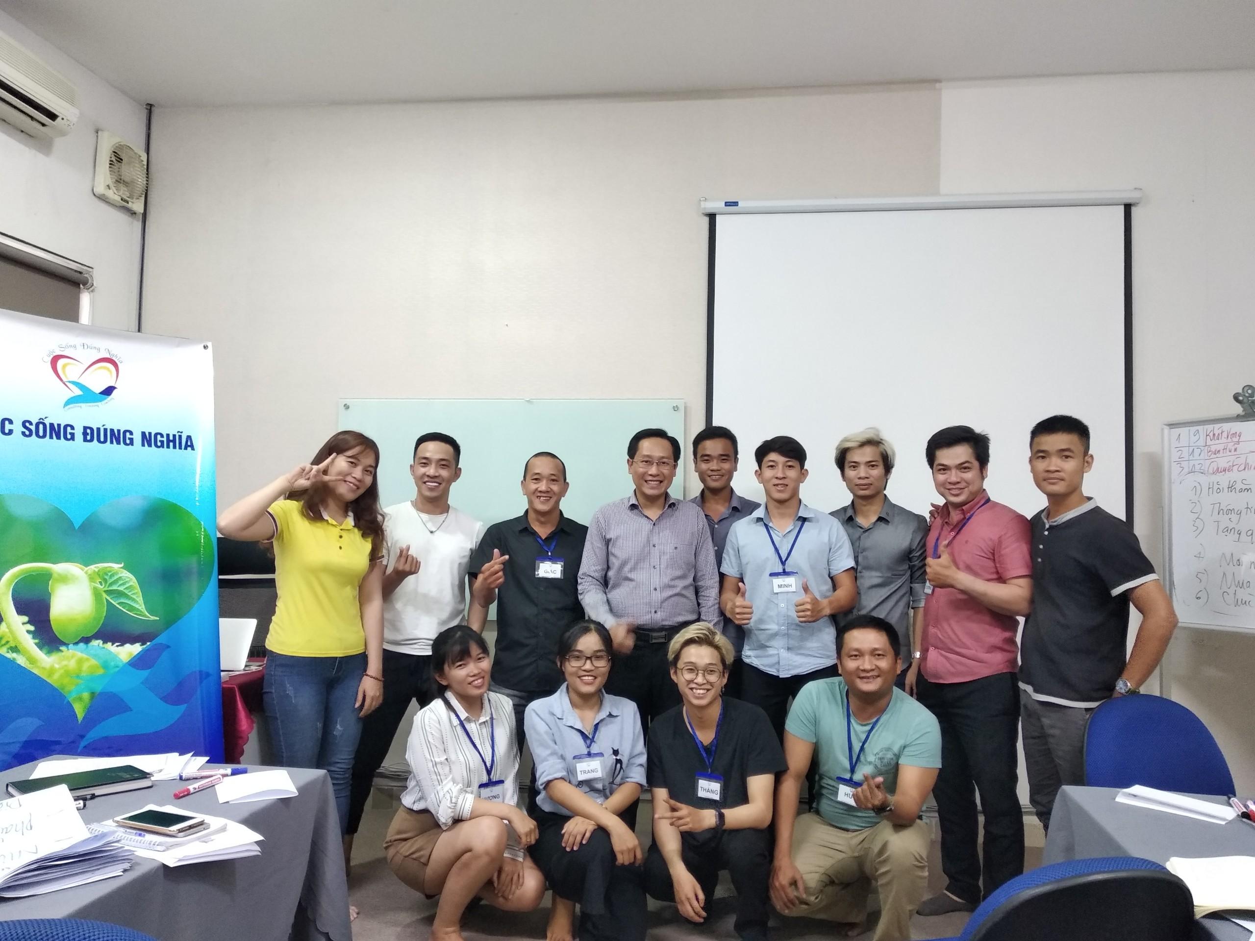 """Đào tạo public: """"kỹ năng giao tiếp bán hàng và CSKH hiệu quả"""" tại Hồ Chí Minh"""