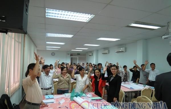 Dien-gia-tran-dinh-tuan-dao-tao-vcci-5