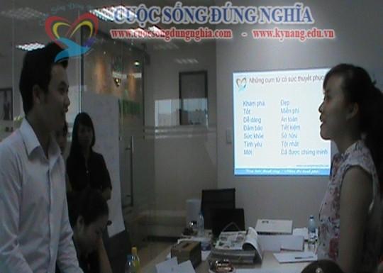 dao-tao-ky-nang-ban-hang-cuoc-song-dung-nghia-8