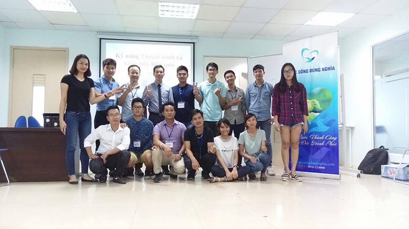 Đào tạo Public: Kỹ năng giao tiếp và thuyết trình tại Hà Nội