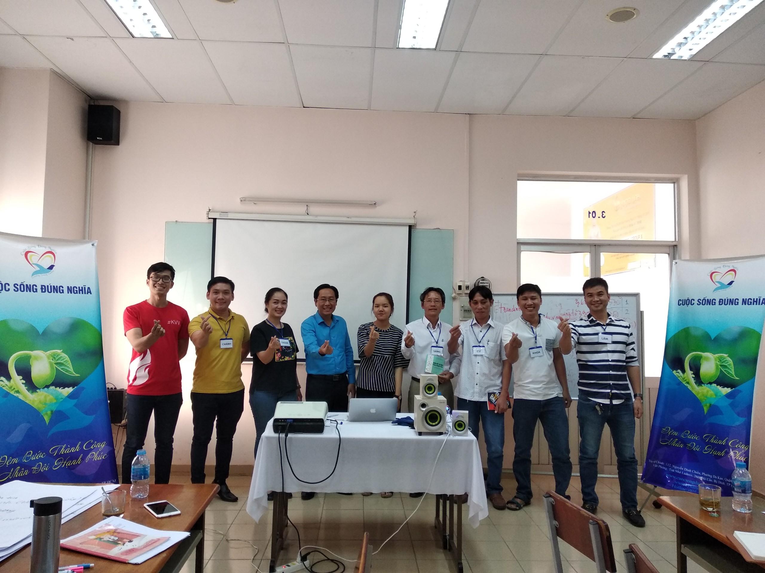 """Đào tạo public: """"Kỹ Năng Giao Tiếp và Thuyết Trình Thuyết Phục"""" tại Hồ Chí Minh tháng 2-2019"""