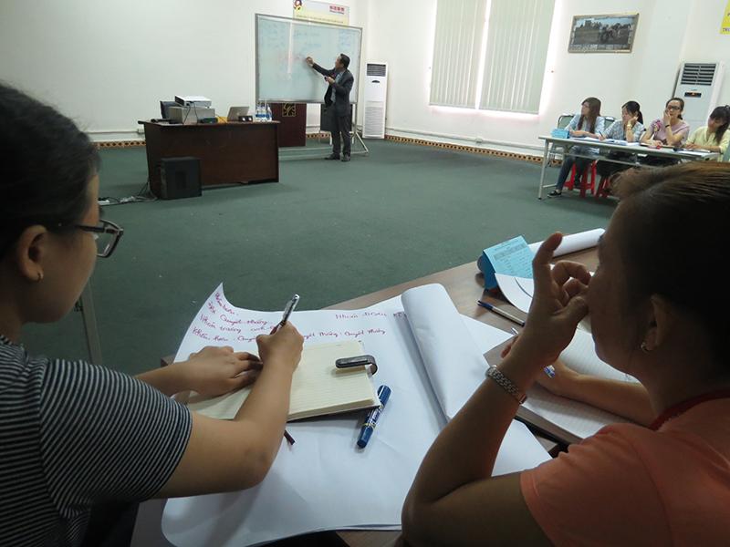 Chương trình đào tạo với các Anh Chị quản lý của Công Ty Giày Hân Xương