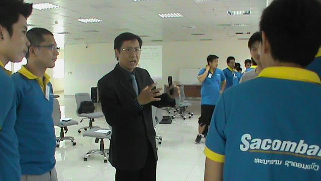 Đào tạo Kỹ năng bán hàng cho Sacombank CN Lào