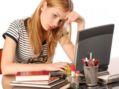 Dùng Laptop nhiều: Lợi bất cập hại