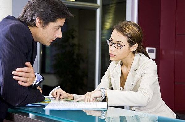 Làm gì để khách hàng hứng thú với bạn