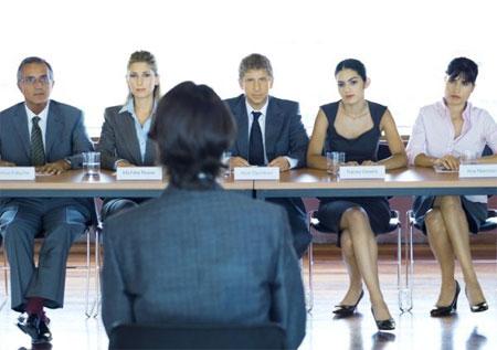 Sinh viên mới ra trường, làm sao thuyết phục nhà tuyển dụng?