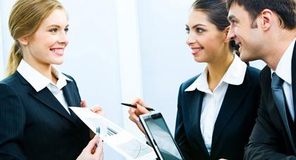 Tuyển dụng trực tuyến – thị trường việc làm đầy sôi động